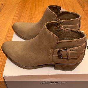 Brand New Esprit Woman Talia Taupe Boot
